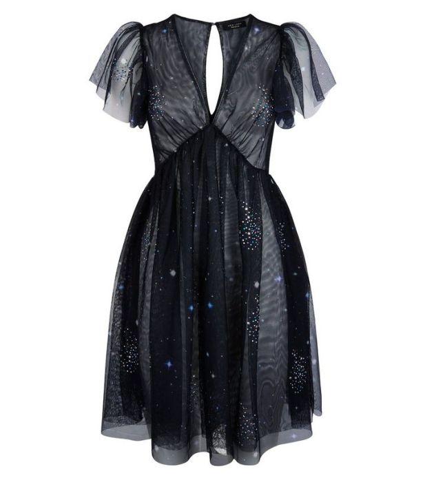 robe-noire-premium-en-tulle-à-ornements-galaxie